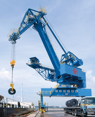Rail Mounted Level Luffing Crane